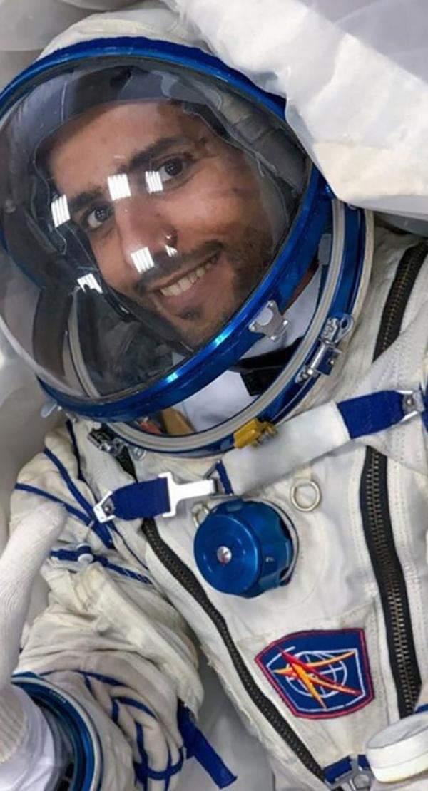 اول رائد فضاء يبحث عن اتجاه القبلة من الفضاء الخارجي