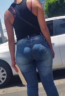Mexicanas guapas pantalones apretados