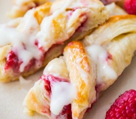 Iced Raspberry Danish Braid #desserts #sweets