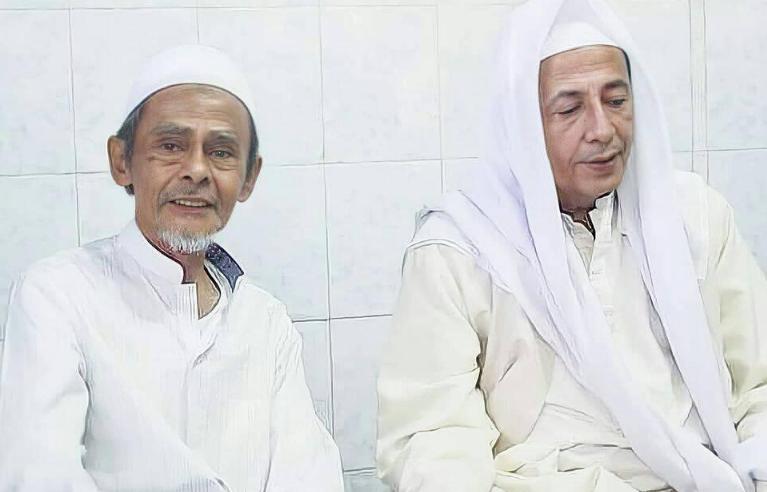 Mengenal Lebih Dekat Al-Maghruflahu KH. Ahmad Nawawi Abd Jalil Sidogiri