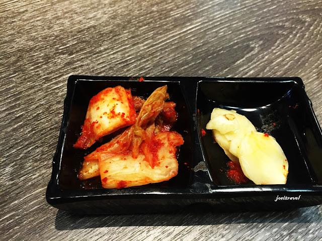 IMG 7210 - 【台中美食】來自韓國的『打啵雞DoubleG』韓國無敵王燒肉串VS熊掌拉麵 滿滿的飽足感稱霸你的胃 @打啵雞 @doubleG @巨大熊掌拉麵 @韓國無敵王燒肉串