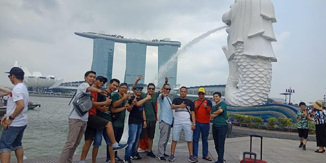 Paket 1D Tour Singapore