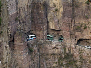 Gambar Terowongan Guoliang, China
