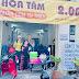 Đại diện người bán vé số, lao động nghèo Quận 4 - TP HCM, tri ân tấm lòng của Nghệ sỹ Lê Bá Chư, nghệ sỹ Giang Kim, nghệ sỹ Cẩm Như.