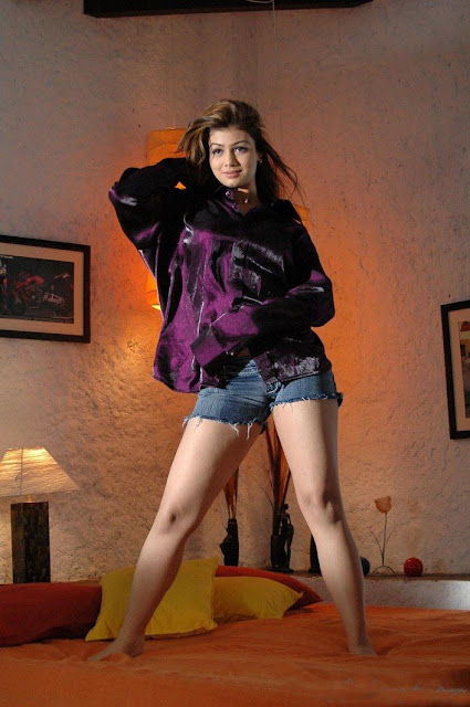 Desi Chudai Ki Kahaniyan  Bollywood Actress Ayesha Takia Latest Hot Photos-4978