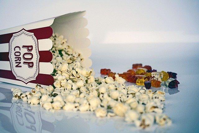 Snack Buat Nonton Bola Popcorn