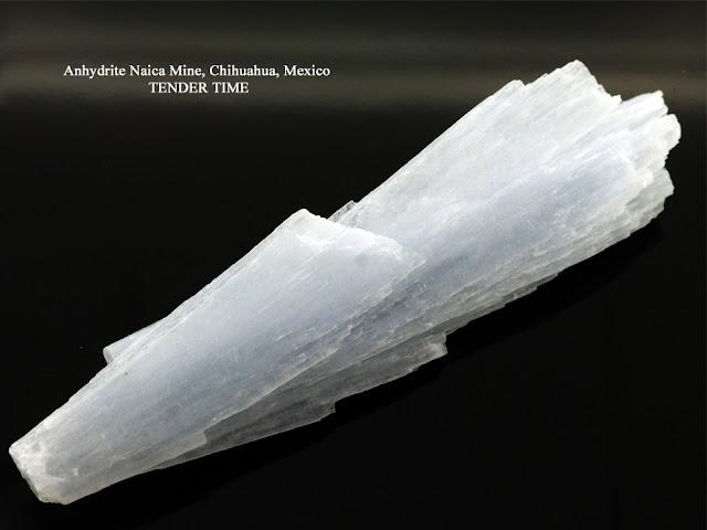 アンハイドライト 硬石膏 Anhydrite Naica Mine, Chihuahua, Mexico
