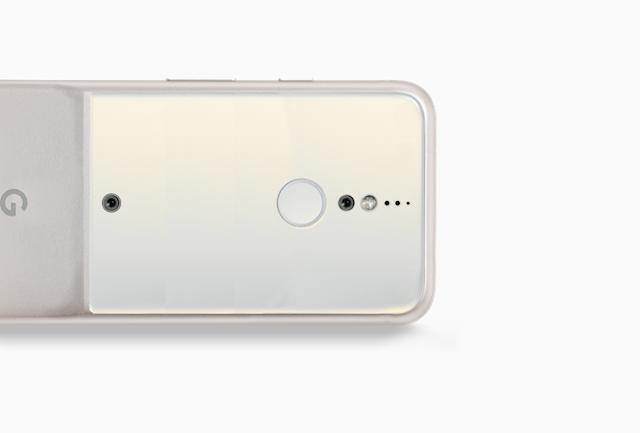 Google Pixel 2 concept shows a huge Battery bump, no ports, and 4 Cameras