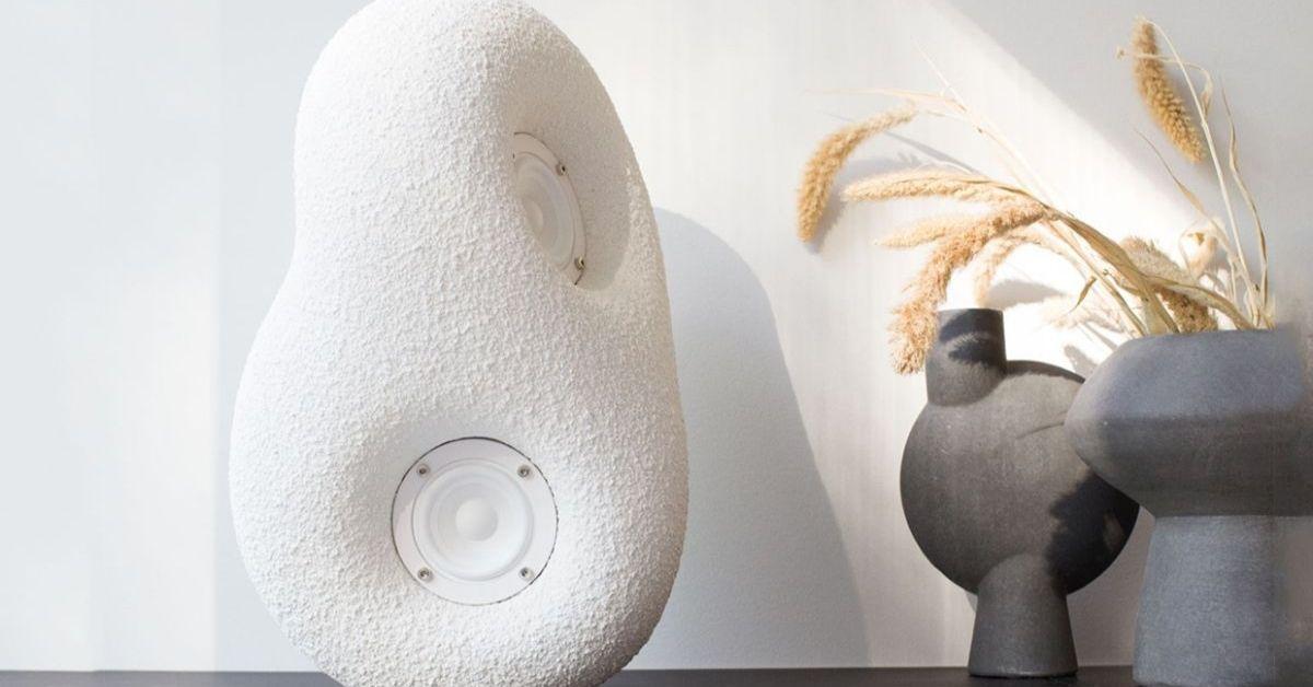 7. Acoustic Sculpture Transparent - Moniedism