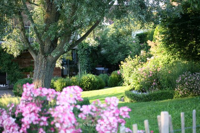 Ein schweizer garten for Gartenideen vorgarten