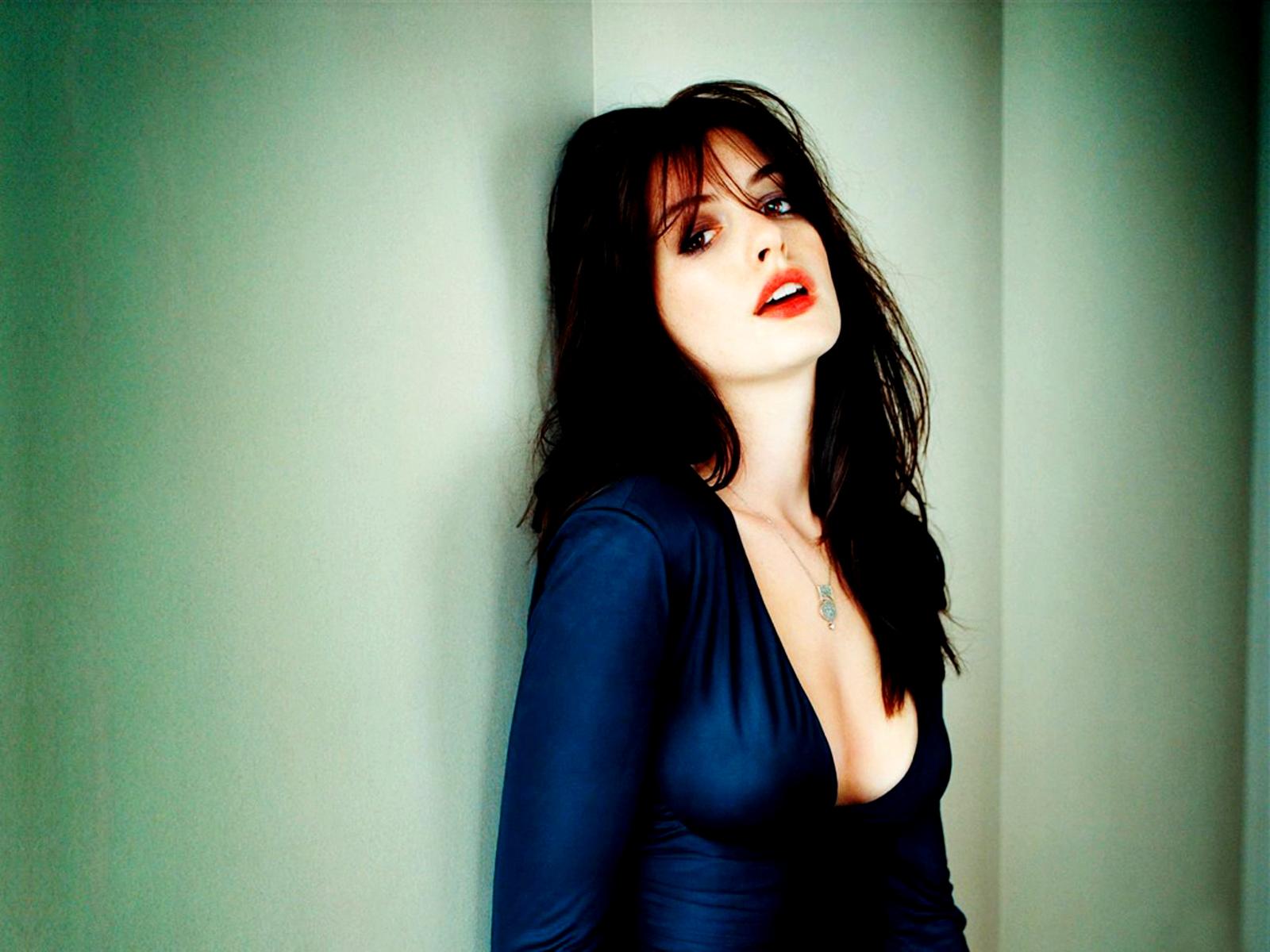 Anne Hathaway Dark Knight Rises HD Wallpapers | Desktop Wallpapers