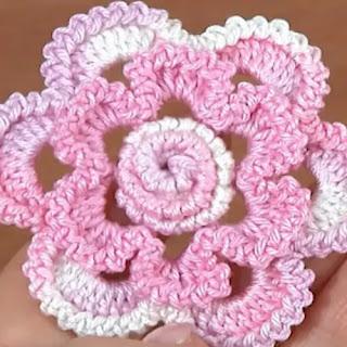 Flor 3D a Crochet