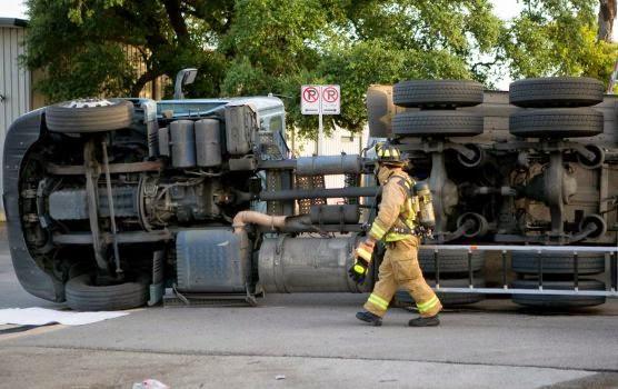 big rig crash overturned tanker fresno american avenue collision