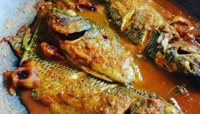 makanan khas kuliner aceh bernama masakan eungkot paya di aceh besar