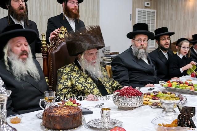 """ט""""ו בשבט בחצר הקודש קרעטשניף-ירושלים אין וויליאמסבורג"""