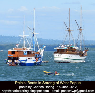 liveaboard diving boats in Sorong waters for trips to Raja Ampat