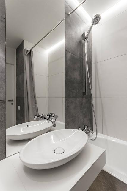 Bathroom Glass Design