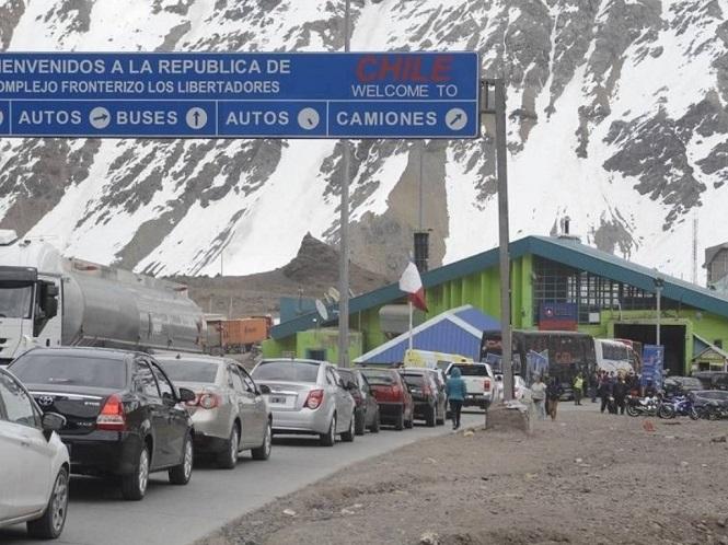 A favor de abrir el turismo desde Chile