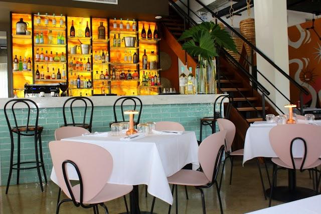 Norah, un nuevo concepto ecléctico de restaurante en ambiente de sobremesa