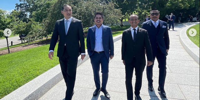 Lawatan Dua Menteri Ke AS Tanpa Masker Bukti Jokowi Tidak Dihormati Pembantunya