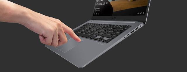 Sensor sidik jari untuk akses satu sentuhan dengan Windows Hello, Mengakses ASUS VivoBook S15 saat ini lebih mudah dan lebih aman.