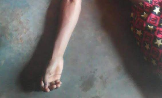 Graphic photos: High school student allegedly commits suicide with poison after girlfriend dumps him
