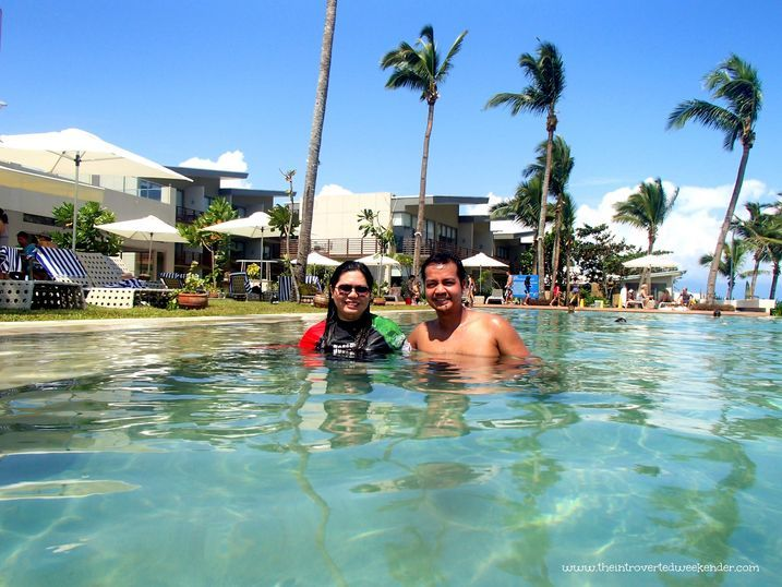 Enjoying the swimming pool at Costa Pacifica Baler