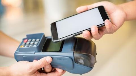 Megmutatjuk: ezeket a mobilokat tudjuk használni a fizetéshez is!