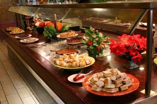 masakan yang kita konsumsi merupakan sumber penting untuk energi tubuh 22 Bahaya Akibat Makan Berlebihan / Kekenyangan (14 Cara Mengatasinya)
