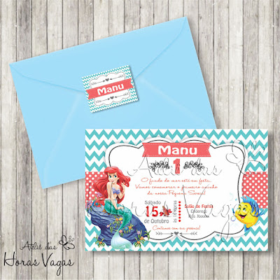 convite aniversário infantil personalizado artesanal festa 1 aninho chá de bebê fraldas menina a Pequena Sereia Ariel fundo do mar azul vermelho carmim