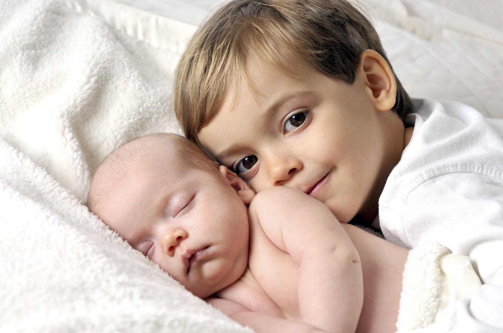 Çocukların kardeş kıskançlığı nasıl önlenir