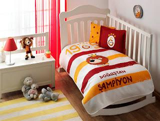 Taç Lisanslı Galatasaray Aslan Baby Pike Takımı