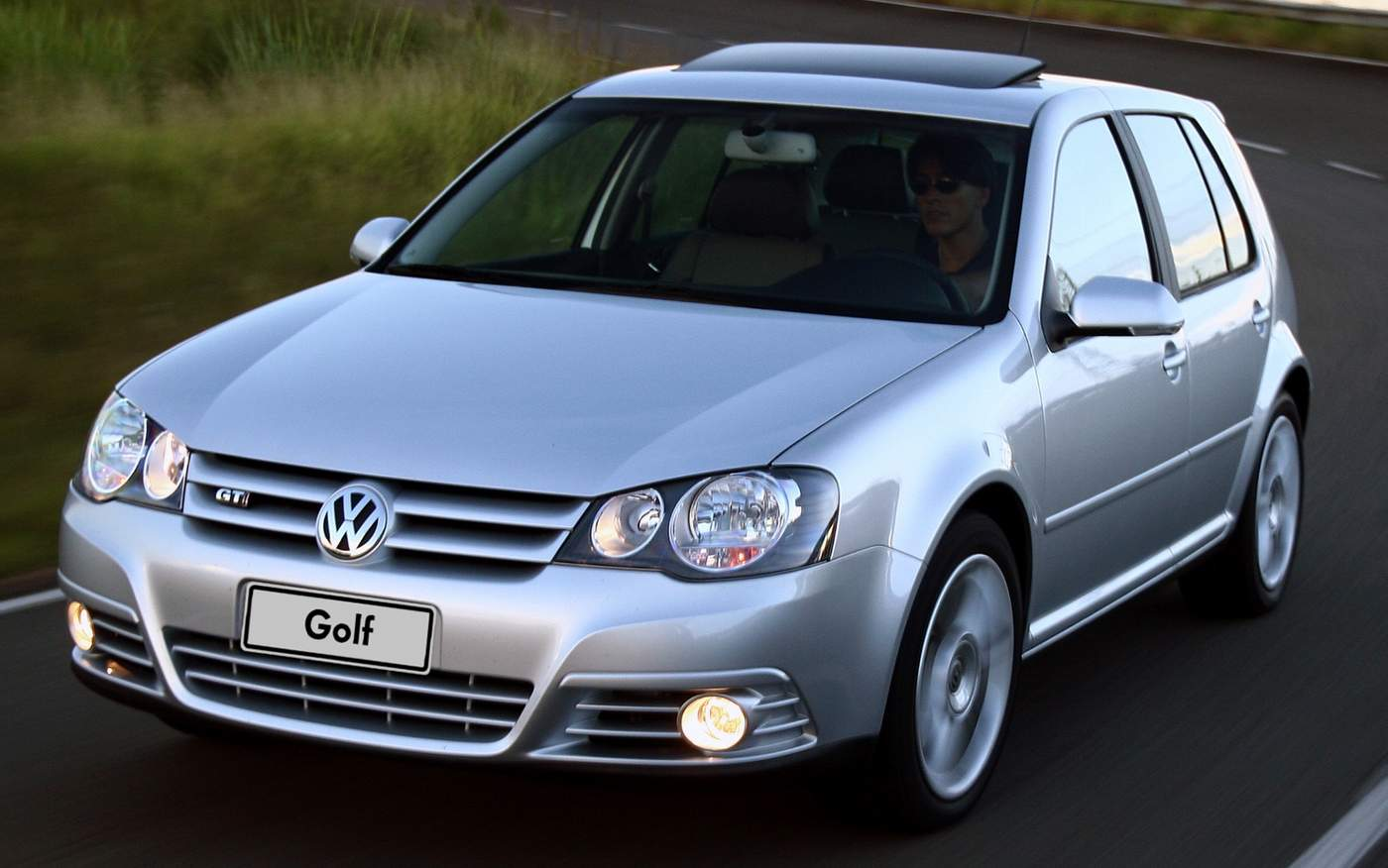 Volkswagen Golf GTI 193 cv