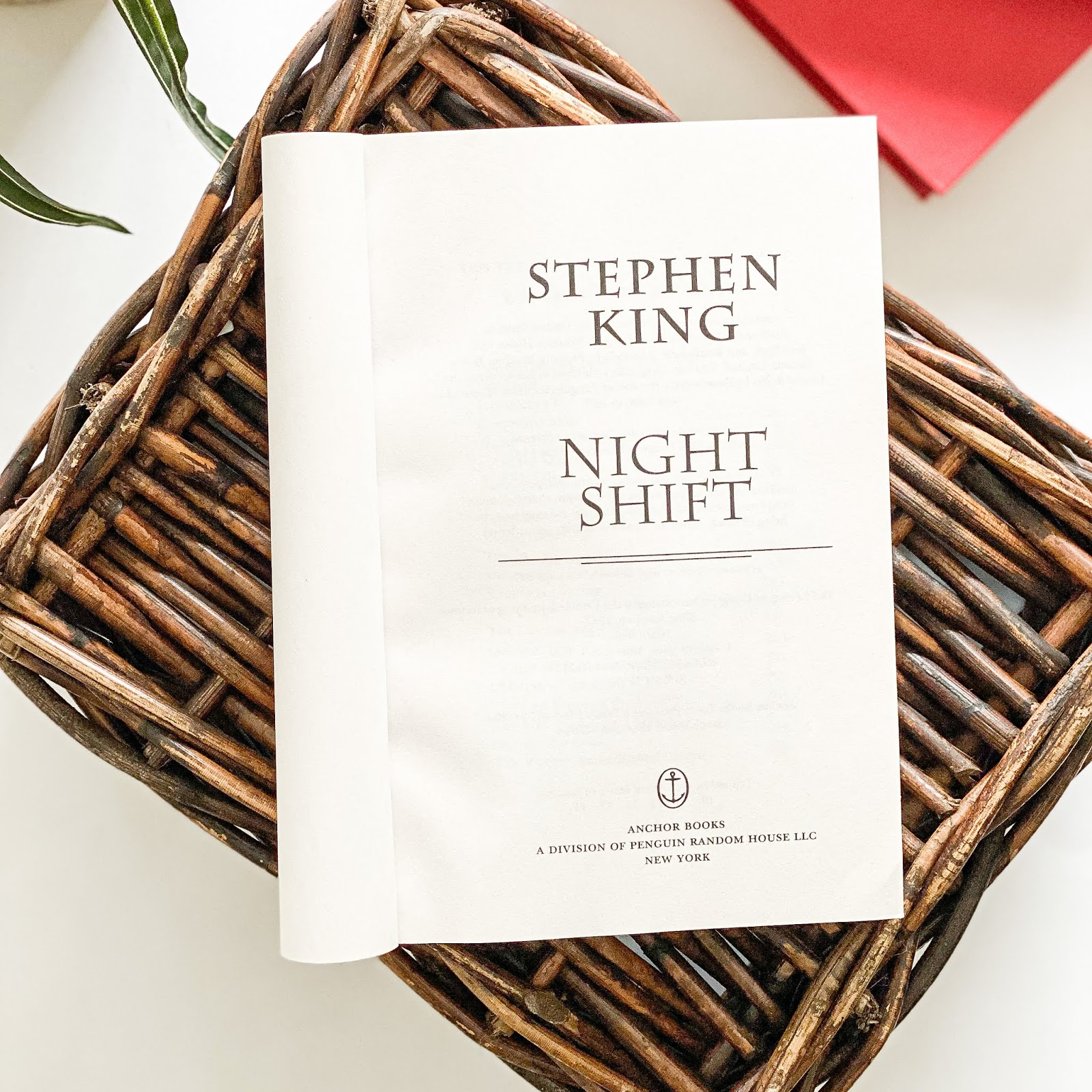 Night Shift - Book Review - Incredible Opinions