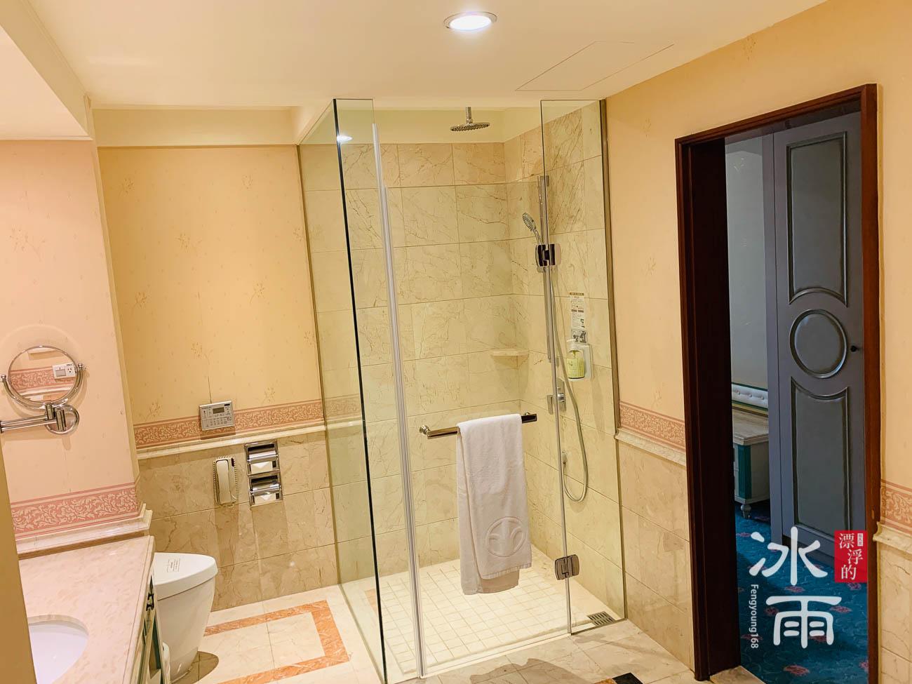首都大飯店|淋浴間