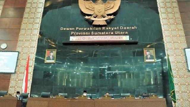 Anggota DPRD Sumut Anggarkan Baju Dinas Rp1,1 Miliar