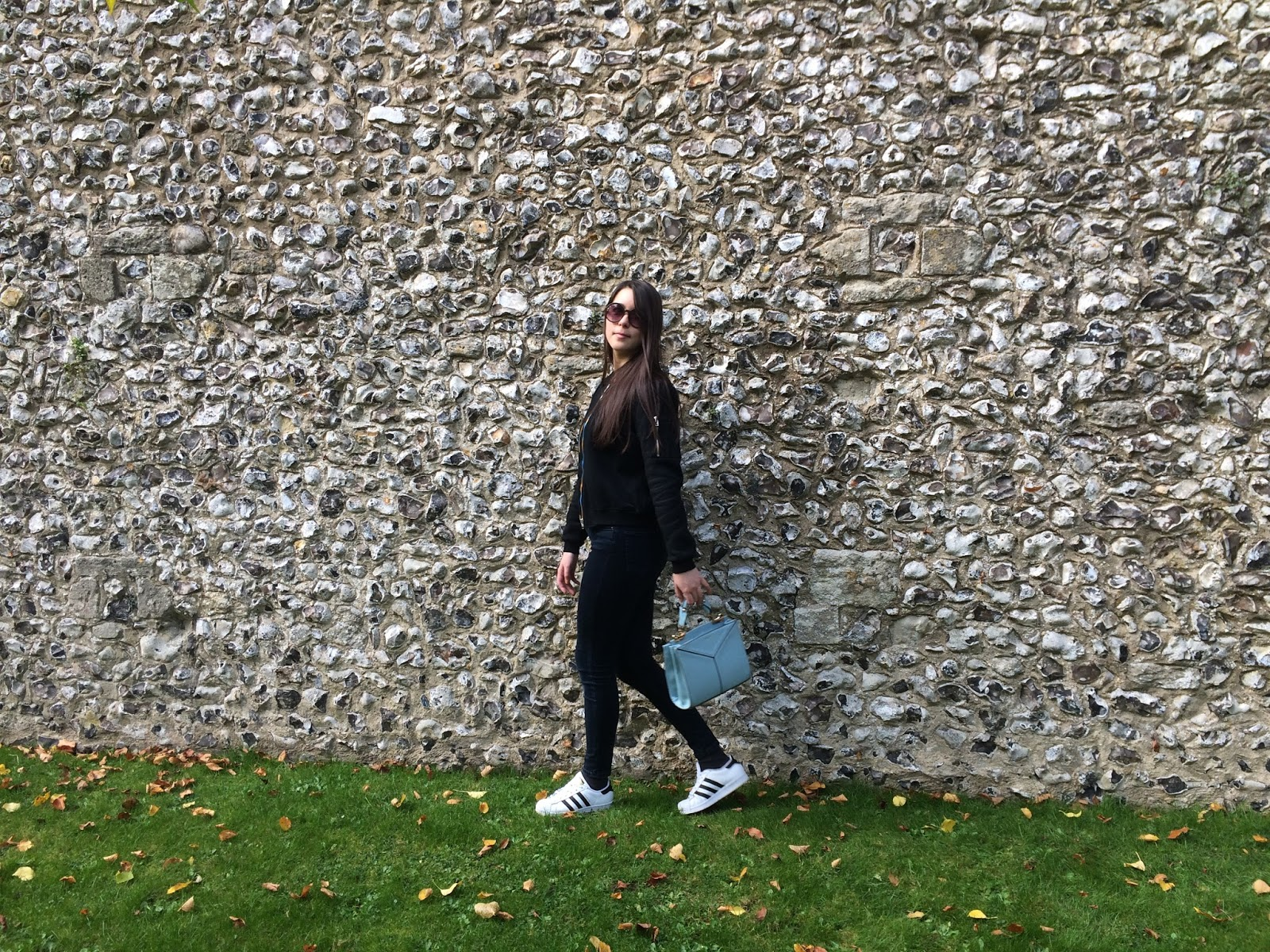 OOTD outfit post, fashion blogger, bomber jacket, mini bag sunglasses