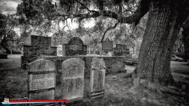 Cerita Penunggu Pohon Beringin yang Angker