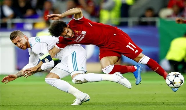 """A Catalan newspaper reminds Ramos of the """"arm"""" of Mohamed Salah after the Elche match"""