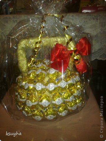 букет конфетный, композиции конфетные, подарки на 1 сентября, подарки на День Учителя, подарки сладкие, подарки школьные, шоколад, конфеты, подарки для школьников, конфеты в подарок, шоколад в подарок, 1 сентября, День учителя, школьное, подарки сладкие, подарки из конфет, подарки из шоколада, подарки съедобные, букеты съедобные, своими руками, подарки своими руками, из конфет своими руками, упаковка конфет, http://handmade.parafraz.space/, http://prazdnichnymir.ru/как сделать кораблю из конфет своими руками, как сделать автомобиль их конфет своими руками, как сделать конфетный букет своими руками, как сделать конфетный букет для мужчины мастер=класс, идеи конфетных подпрков на 23 февраля, идеи букетов из конфет для мужчин своими руками, конфетный мяч своими руками пошагово, конфетный автомобиль своими руками пошагово, конфетный кораблю своими руками пошагово Автомобиль-кабриолет из конфет своими руками, конфетная композиция мужчине на юбилей пошагово своими руками, конфетная композиция мужчине на день рождения своими руками пошагово, конфетный подарок мальчику на день рождения своими руками пошагово, Спортивные снаряды из конфет — оригинальные идеи, автомобили конфетные, букеты конфетные, композиций из конфет, мастер-классы автомобилей, мастер-классы конфетные, своими руками, мастер-классы на 23 февраля, подарки для мужчин, подарки из конфет, подарки автолюбителям, подарки водителям, подарки водителям, корабли конфетные, парусники конфетные, мяч из конфет, автомобили, машины, машины своими руками, корабли на 23 февраля, из конфет, для мужчин, конфеты в подарок, свит-дизайн, коллекция конфетных подарков, конфетная композиция в стаканеконфетные, спортивные снаряды из конфет, идеи конфетных композиций, подарки для мужчин, подарки для спортсменов, подарки съедобные, школьное, подарки на День учителя, подарки на 23 февраля, штанга из конфет, гиря из конфет, подарок учителю физкультуры, физкультура, физрук, сюрприз конфетный, школьное, детское, упаковка своими руками, по
