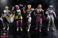 S.H. Figuarts Kamen Rider Valkyrie Rushing Cheetah 31S.H. Figuarts Kamen Rider Valkyrie Rushing Cheetah 46