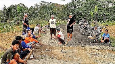 Warga Desa Tetangga Juga Antusias di TMMD Rempoah