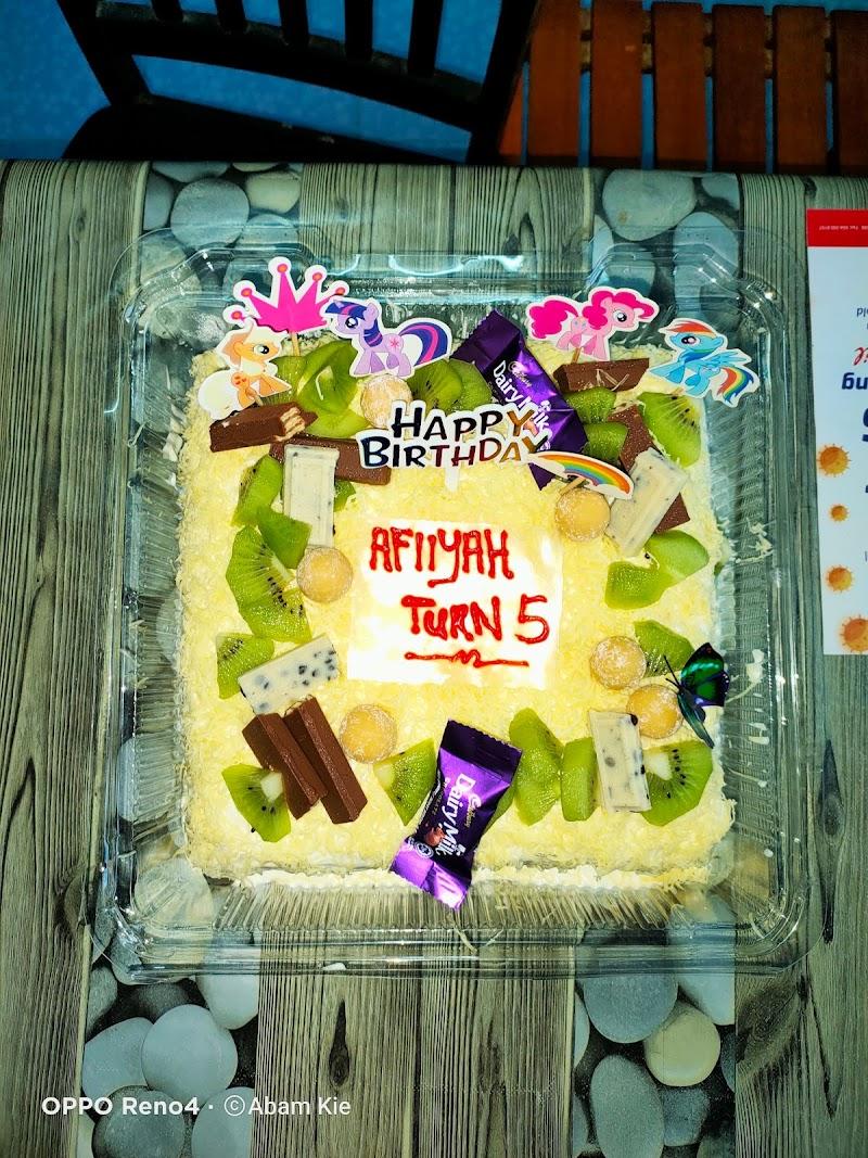Happy Birthday To Nur imtinan 'Afiiyah