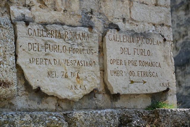 ISCRIZIONE-GOLA-DEL-FURLO