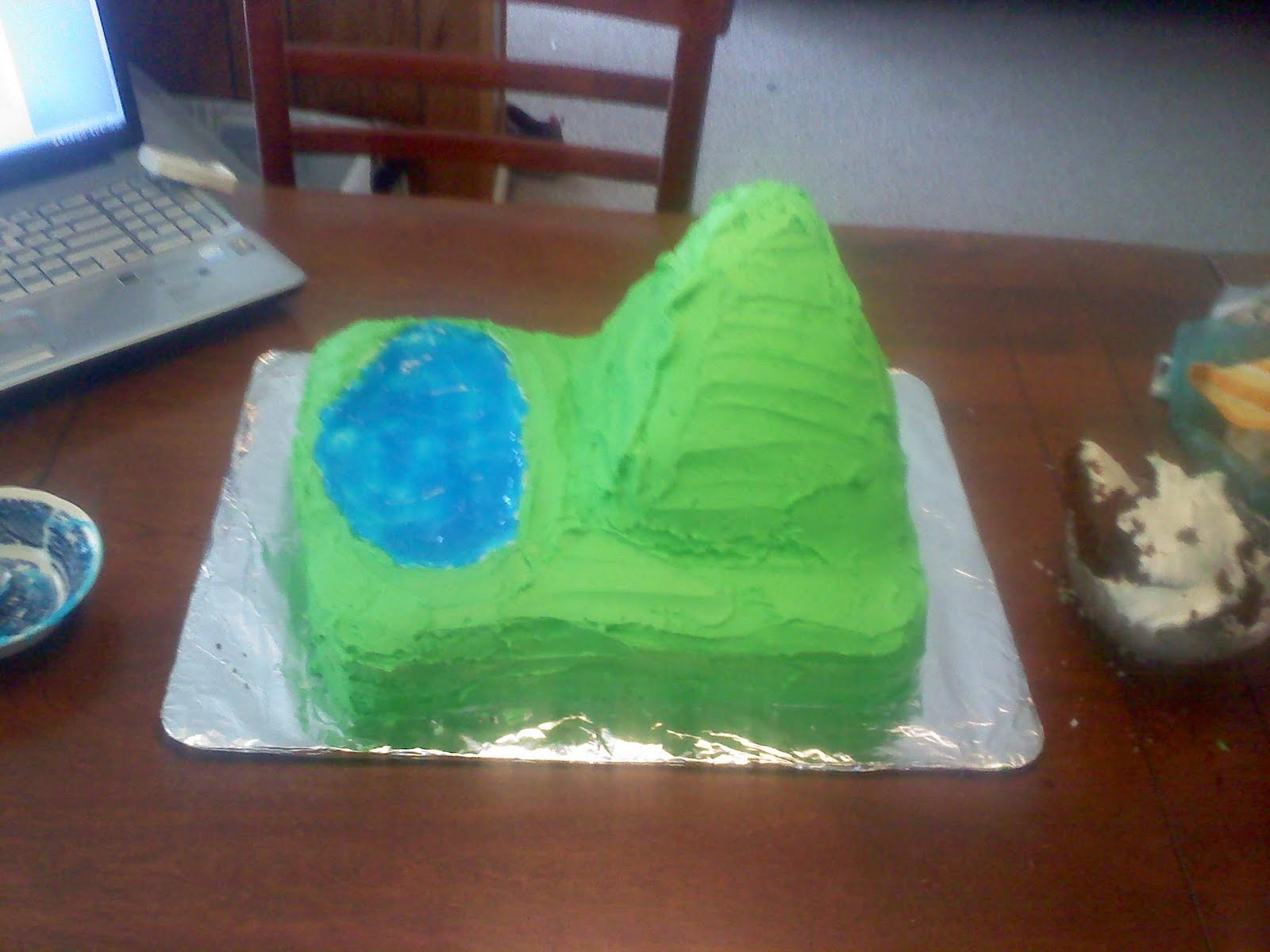 What Food Can Be Used To Make Mountains On Cake
