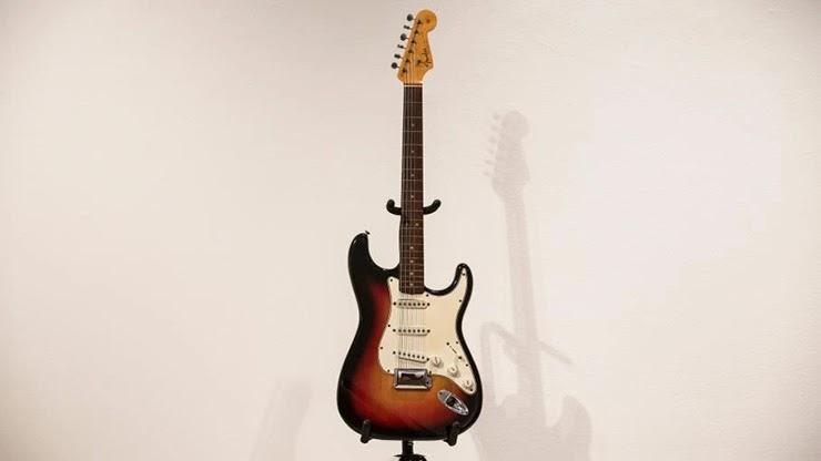 Самая дорогая гитара в мире цена