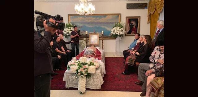 Usai Debat, Prabowo Melayat Ke Keluarga Pejuang