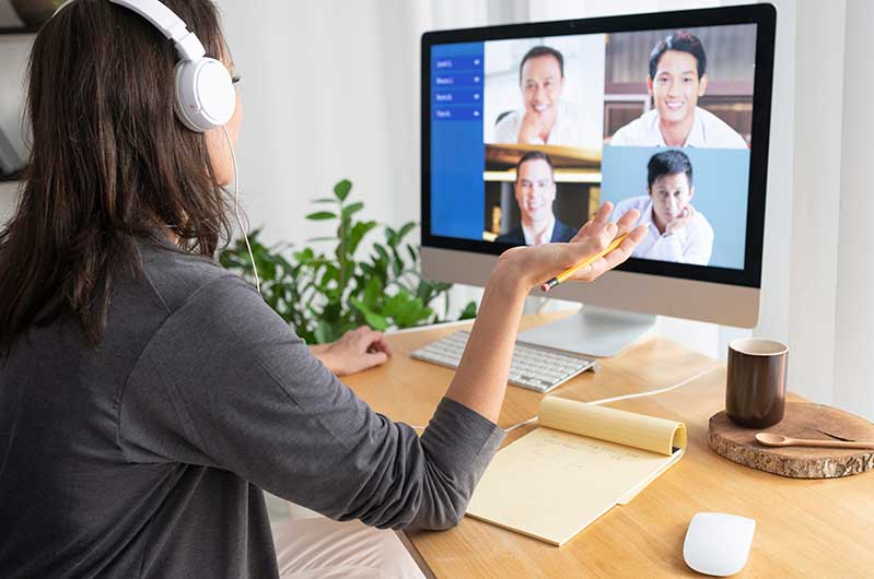 Improving Communication With Colleagues Working Remotely