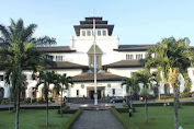 Review Sejarah Gedung Sate Bandung