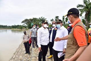 BNPB Usulkan Tanaman Vetiver untuk Cegah Longsor Tepi Sungai di Sumut